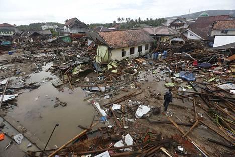 Länsi-Jaavalla sijaitsevan Sumurin alueella on tuhoutunut satoja rakennuksia.