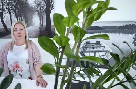 Suomen mielenterveysseuran itsemurhien ehkäisykeskuksen päällikkö Marena Kukkonen toteaa, että kampanjan kirjeiden kirjoittajat ovat selviytyjiä, sillä heidän itsemurha-aikeensa saatiin estettyä.