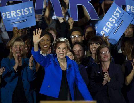 Trump valittiin presidentiksi yllätyksenä itselleenkin marraskuussa 2016. Hän ei ole koskaan lopettanut kampanjointia, kirjoittaa Lännen Median yhteistuotannon päätoimittaja Matti Posio. Nyt pelin avasi demokraattien Elizabeth Warren.