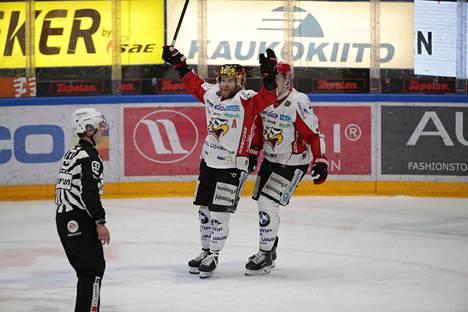 Keskiviikkoilta Hakametsässä päättyi Sportin juhliin.