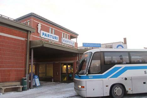 Takavuosina Turusta pääsi linja-autolla Vammalan linja-autoasemalle, mutta nyt vuorot ovat vähissä.