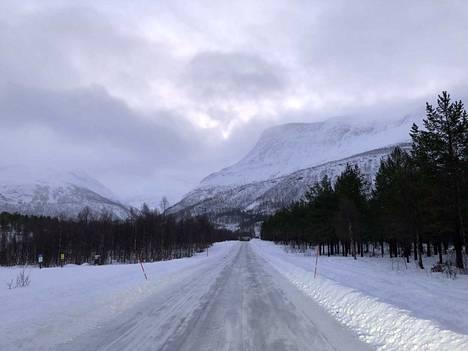 Kadonneet laskijat katosivat näissä vuoristomaisemissa Pohjois-Norjassa lähellä Suomen Käsivarren Lappia.