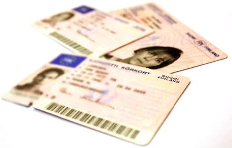 Ajokortti ei kelpaa, koska se on todistus ajo-oikeudesta.