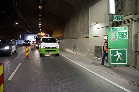 Rantatunnelin mittavat tekniset järjestelmät ja laitteet vaativat säännöllistä huoltoa. Tunnelin huoltokustannukset ovat karkeasti arvioiden reilun miljoonan vuodessa.