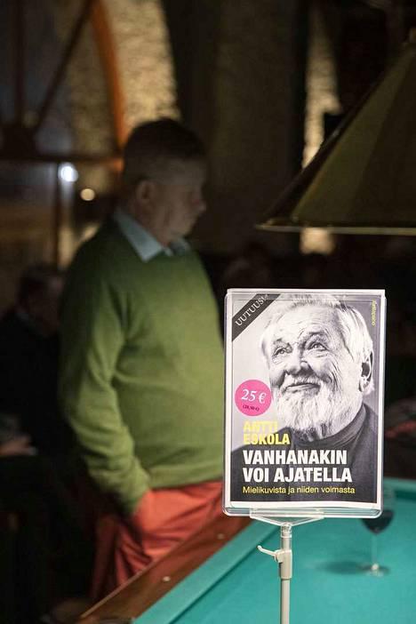 Antti Eskola ehti julkaista kymmeniä tieteellisiä ja oppikirjoja sekä yhteiskunnallisia keskustelukirjoja.
