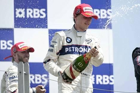 Kun Kubica voitti Kanadassa 2008, hänen tallikaverinsa Nick Heidfeld ajoi toiseksi ja varmisti BMW Sauberille kaksoisvoiton.