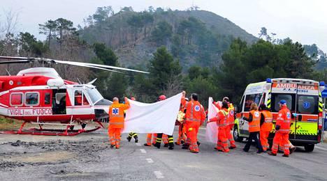 Kubica vietiin helikopterilla läheiseen sairaalaan, jossa hänet leikattiin ensimmäisen kerran.