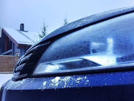 Kuvattu Jämsässä. Umpioiden pintaan on kertynyt valkeaa pinnoitetta.