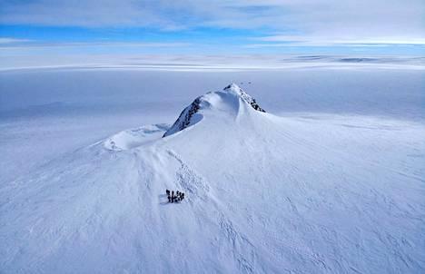 Antarktis vaikuttaa kansainvälisen tutkimusryhmän tulosten mukaan sulaneen ja sulavan nopeammin kuin tähän asti on oletettu. Erityisen merkittävä ero on Itä-Antarktiksella.