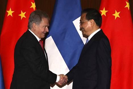 Presidentti Sauli Niinistö tapasi Pekingissä Kiinan pääministeri Li Keqiangin.