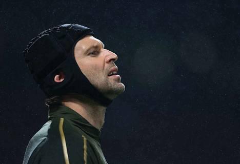 Arsenalin maalivahti Petr Cech voitti neljä Valioliigan mestaruutta Chelsean riveissä.