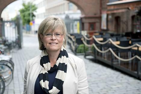 Lääkäri-kansanedustaja Sari Tanus (kd.) teki lakialoitteen uudesta kudoslaista vajaat kolme vuotta sitten.