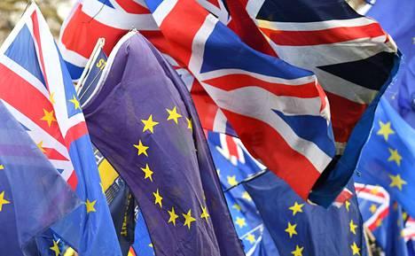 Britannian ja EU:n suhde on ollut jo pitkään vaikea. Asiantuntijan mukaan syitä on monia, mutta maan halu pysyä tiiviin integraation ulkopuolella on ollut selvää.