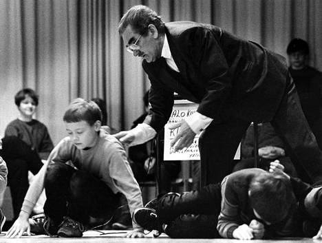 Olliver Hawkin maaginen kosketus puree Raumalla. Kuva on otettu 80-luvun vaihteessa.