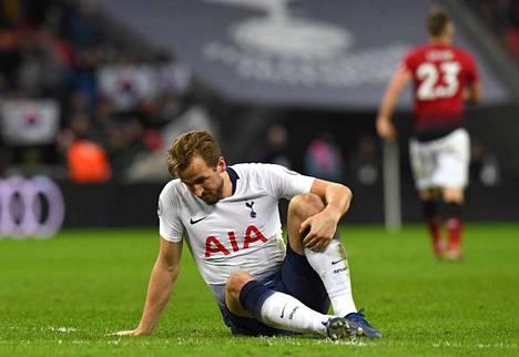 Tottenhamin Harry Kane loukkaantui sunnuntaina pelatussa ottelussa ManUa vastaan.