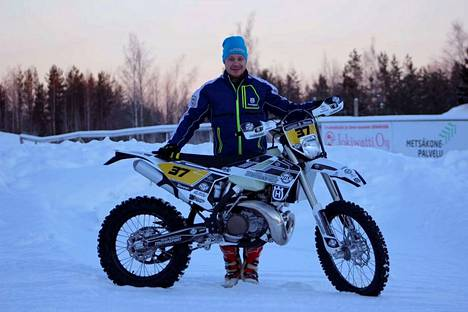Mika Tammisen endurokausi alkaa helmikuussa. Parin SM-kisan jälkeen on jo vuorossa Päijänteen ympäriajo.