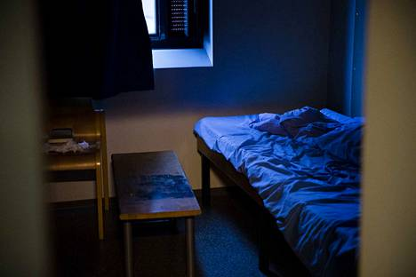 Seksuaalirikoksista on vaadittu viime päivinä nykyistä pidempiä tuomioita. Keskustelu käynnistyi Oulussa ja Helsingissä paljastuneista seksuaalirikosepäilyistä. Kuvassa on selli Vantaan vankilassa.