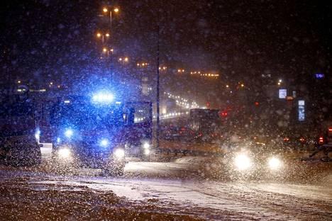 Onnettomuus ruuhkautti liikenteen ohitustiellä puoli kahdeksan jälkeen torstaiaamuna.