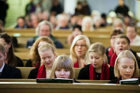 Vanhassa kirkossa on järjestetty jumalanpalvelusten ja hengellisten tilaisuuksien lisäksi musiikki- ja kulttuuritapahtumia.