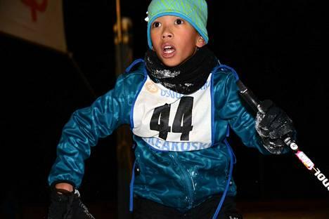 Hiihto on ykkönen tällä kertaa Ingo Korpiselle. Hän jätti jalkapalloilu väliin hetkeksi ja alkaa varmaan pelata taas keväällä tai kesällä.