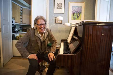 Vesa Haapaniemi on idean isä ja oopperan säveltäjä.