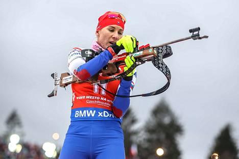 Anastasia Kuzmina oli päivän paras pikakilpailussa.
