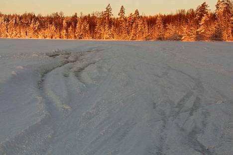 Kirjoittajan mielestä Kyynijärvi sopisi talviajon harrastuspaikaksi.
