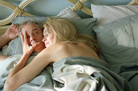 Bill Murray ja Sharon Stone kohtaavat Broken Flowers -elokuvassa.