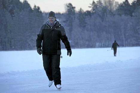 Karita Raatikainen kiersi maanantaina Luolalanjärven lenkin seitsemän kertaa.