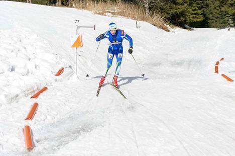Keuruulainen Samuli Peltola edustaa jatkossa suunnistuskilpailuissa Jämsän Retki-Veikkoja. Nuorukainen oli viime kaudella 18-vuotiaiden ranking-listalla kolmas.