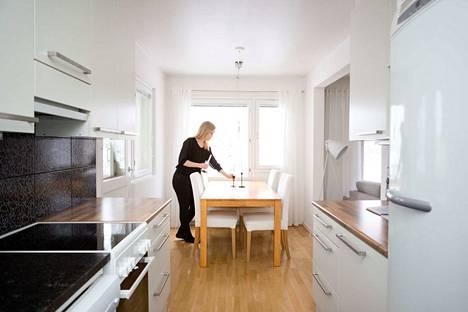 Pitkään jatkuneet nollakorot ovat hellineet asuntovelallisia ja toisaalta kiihdyttäneet asuntojen kallistumista kasvukeskuksissa. Kuvituskuva.