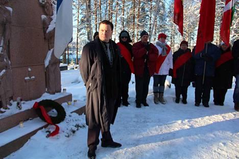 Muistopuheen vakaumuksensa puolesta kuolleiden muistomerkillä piti kommunistien Erno A. Laitinen.