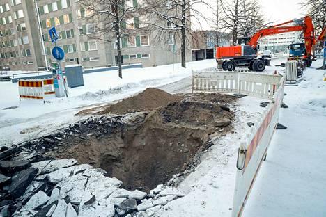 Tampereen veden mukaan korjaus alkoi kello 11 ja kestää arviolta noin 12 tuntia.