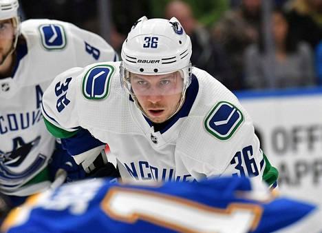 Jussi Jokinen pelasi NHL-urallaan 951 runkosarjaottelua ja teki niissä tehot 191+372=563. Viimeiseksi seuraksi jäi Vancouver Canucks.