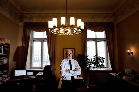 Valtiovarainministeriön kansliapäällikkönä toimiva valtiosihteeri Martti Hetemäki toivoo, ettei tuleva hallitus aliarvioi Suomen lähiajan ongelmia.