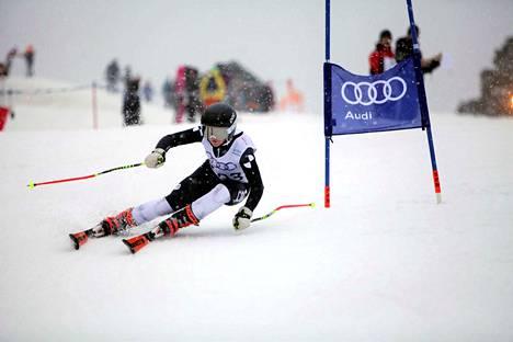 Matleena Rinne kilpailee Sarajevossa pujottelussa, suurpujottelussa ja joukkuekilpailussa.