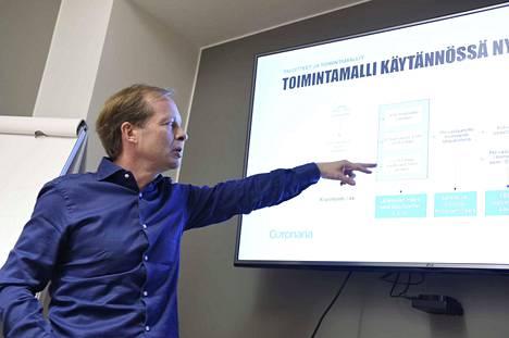 Coronarian Teppo Lindénin mukaan yhtiö keskittää toimintojaan.
