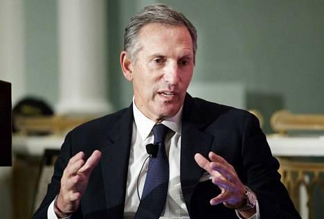 Howard Schultz  nosti Starbucks-yhtiön pikkufirmasta maailmanlaajuiseksi jättibrändiksi.