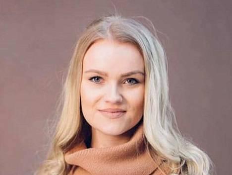 Ida Leinolle aukesi paikka kokoomuksen ehdokaslistalle, kun nokialainen Nea Lehmussaari vetäytyi.