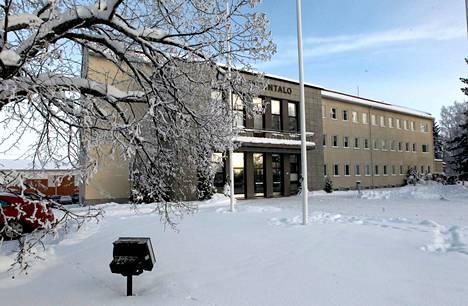 Entinen Jämsän kaupungintalo etsii uutta omistajaa.