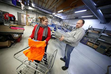 Porilaiset Titta Strömberg ja Kimmo Mäkelä ryhtyivät tekstiilipainoyrittäjiksi Ulvilaan.