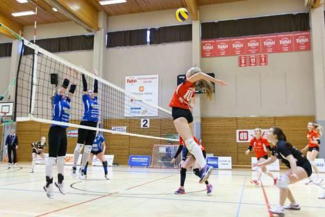 Emilia Valaranta ja hyökkäystä varmistava Minja Koponen olivat mainiolla pelipäällä, mutta OrPo vei silti voiton.