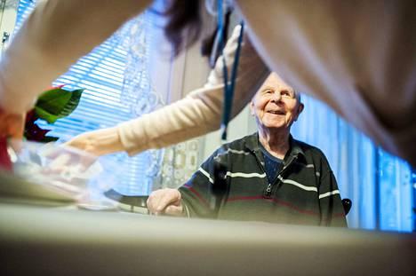 Superin pääluottamusmies Eija Tuomisen mukaan vanhusten hoito PoSan alueen kunnallisissa hoivakodeissa on kunnossa. Kuvituskuva
