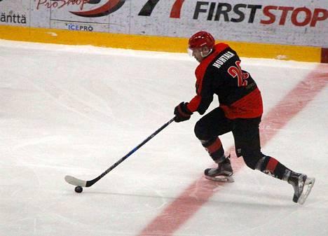 KPK:n Matias Huhtala sai viikonlopun peleistä kolme tehopistettä lisää.