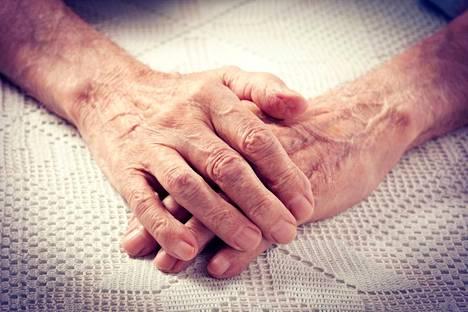 Vanhustenhoito on puhuttanut viime viikkojen aikana myös Valkeakoskella.