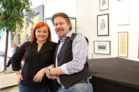 Nina Tapio ja Antti Paavilainen saapuvat Säädyttömien kanssa Janakkalan Musiikkipäiville maaliskuussa.