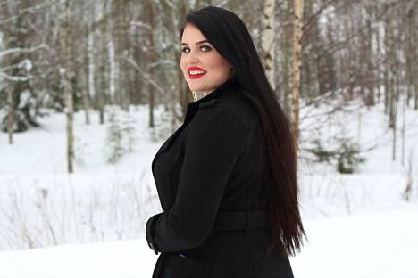 Miss Plus Size -kisassa on 10 finalistia ja yksi finalisteista on nokialainen, 22-vuotias Miina Varjonen.
