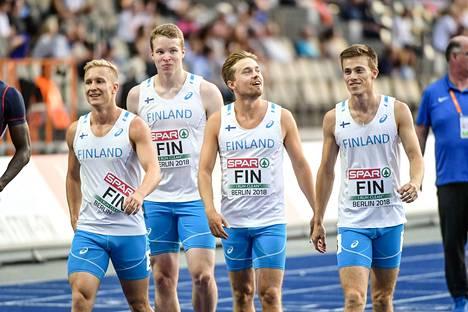 Otto Ahlfors (kolmas vas.) kuului Suomen pikaviestijoukkueeseen, joka venyi EM-finaaliin viime kesänä. Nelikossa juoksivat myös Eetu Rantala (vas.), Samuel Purola ja Oskari Lehtonen.
