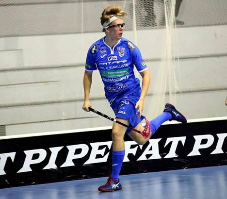 Elias Siira teki maalin ja syötti toisen KrP:n Jyväskylän vierailulla. Sarjapisteet jäivät kotijoukkue Happeelle maalein 7-4.