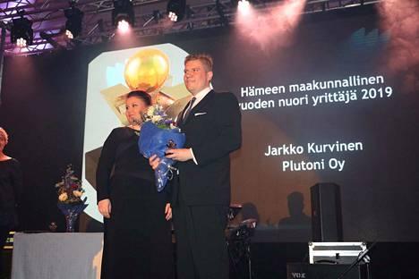 Vuoden maakunnallisen nuoren yrittäjän palkinnon pokkasi itselleen Plutoni Oy:n Jarkko Kurvinen.